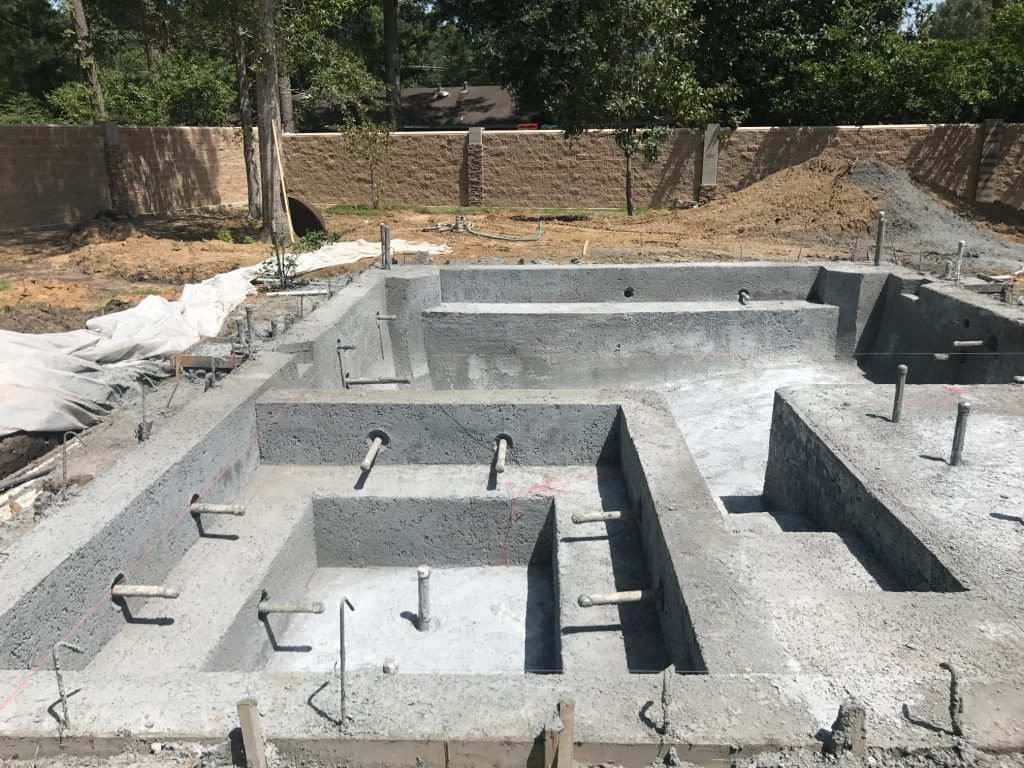 How long does it take to build a concrete pool?