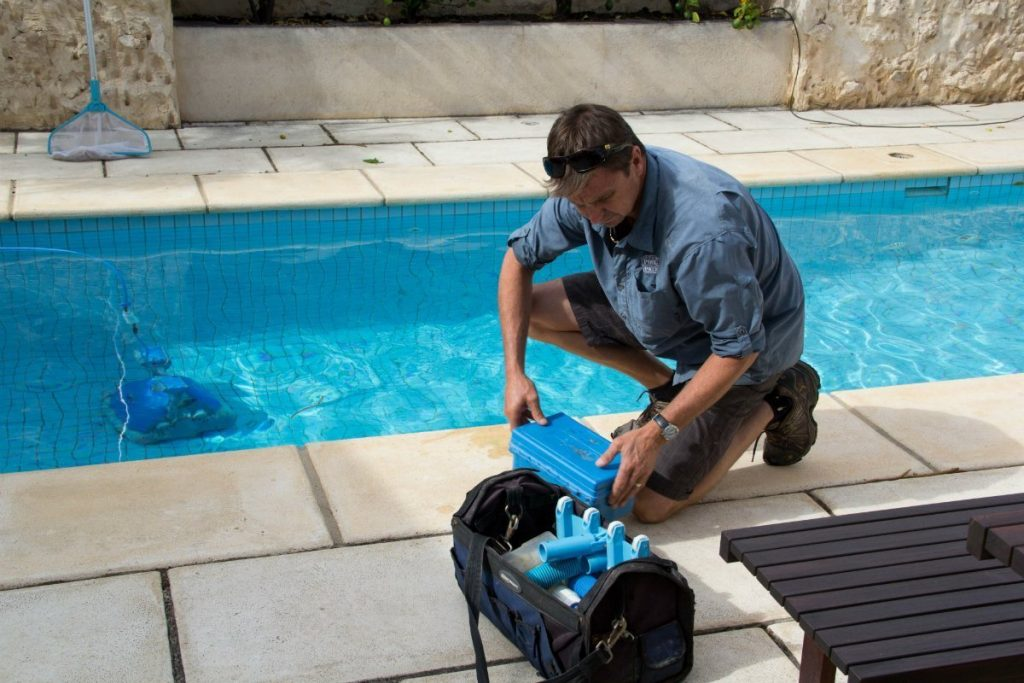Get a Pool Service Estimate - Get estimates on Pool Service - Pool Service Company Estimate Online