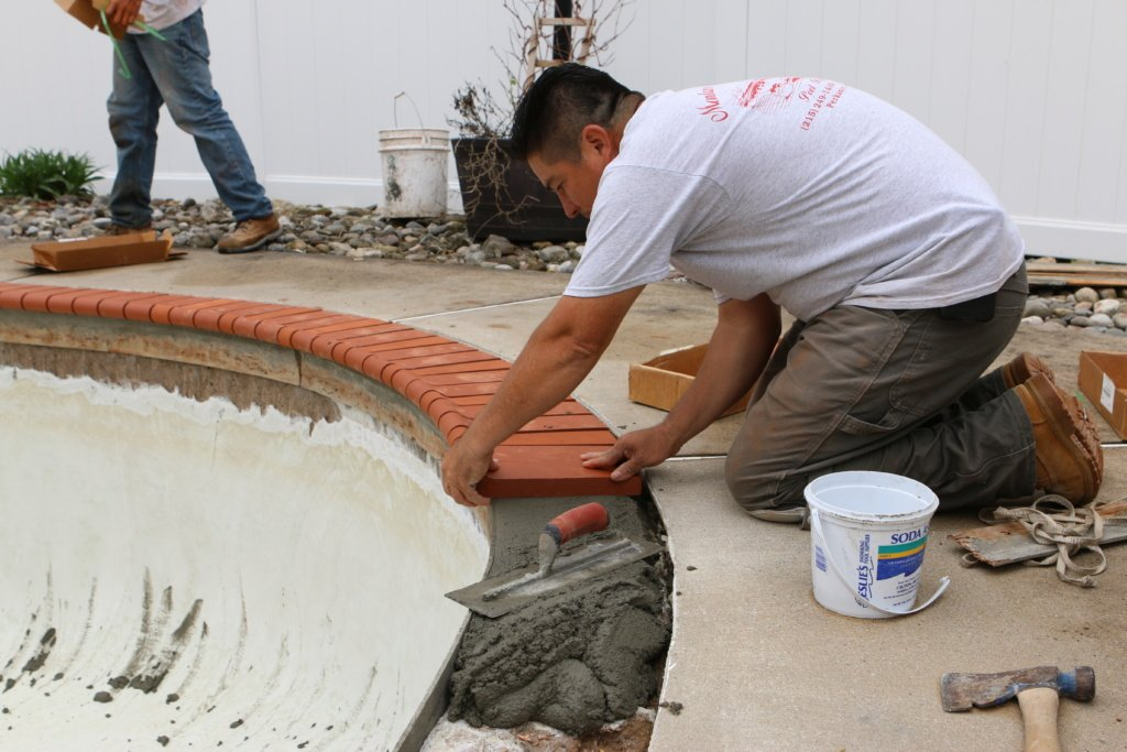 About Us -Montano Tile & Coping – Swimming Pool Contractor Services