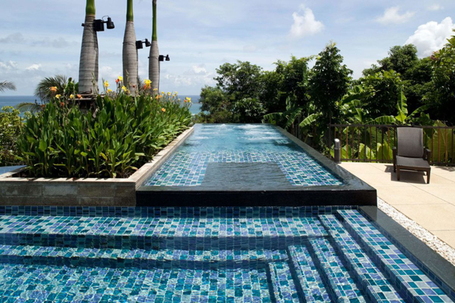 What Is the Best Pool Interior Finish?