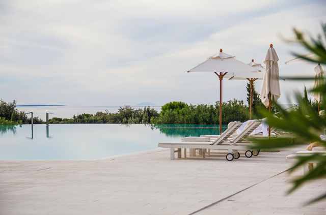 What Is A Beach Entry Pool?