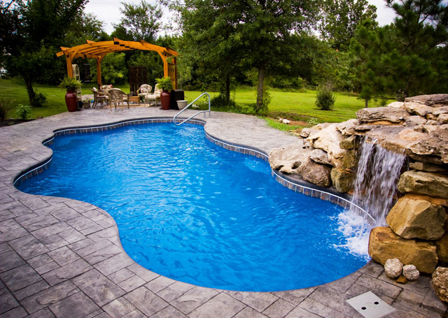 What Are The Disadvantages Of A Fiberglass Pool?