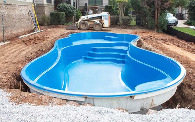 What Is The Best Brand Fiberglass Pool?