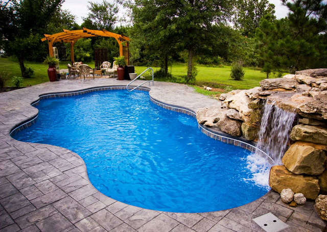 How Do I Install a Fiberglass Pool?