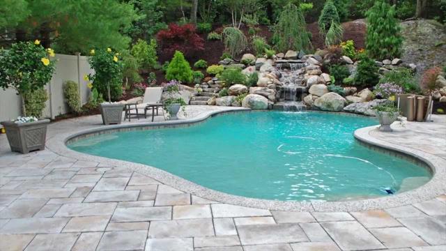 How Do You Maintain a Gunite Pool?