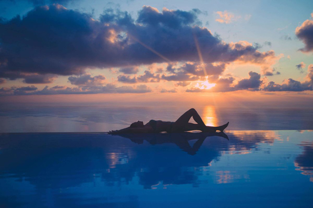 Are Infinity Edge Pools More Expensive?