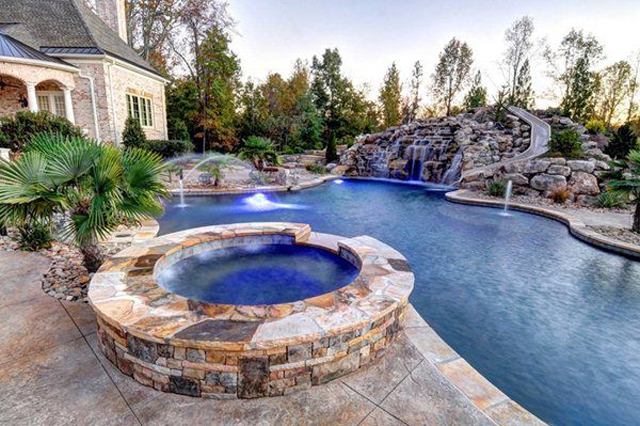 How Much Does It Cost To Install a Pool Pump?