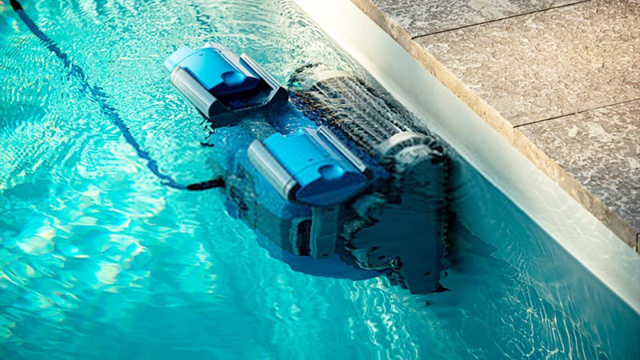 How Do Automatic Pool Cleaners Work?