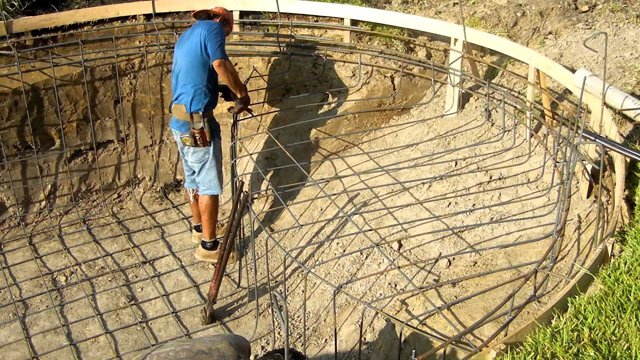 How Do You Put Pool Rebar?