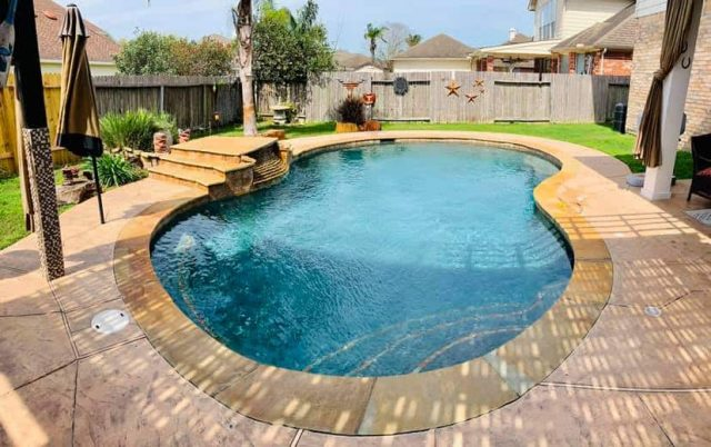 Long Beach Pool Contractors