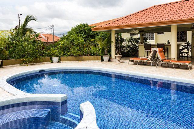 Best Gunite Pool Repair Services in Jacksonville, Florida