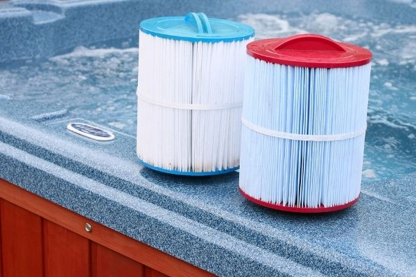 Step by Step Guide to Cleaning Hot Tub Filters
