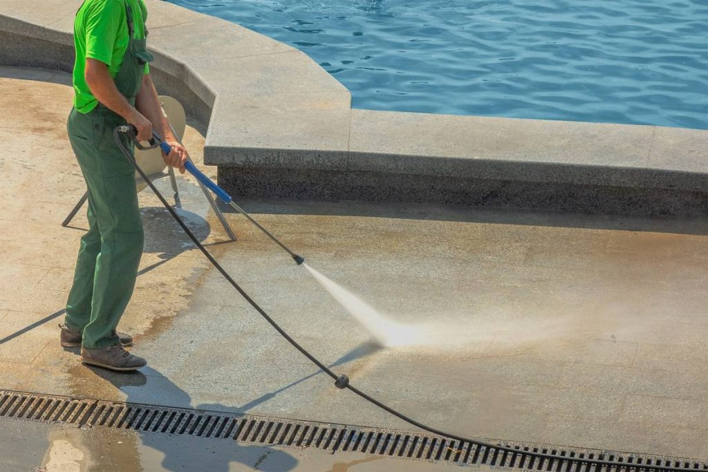 Getting acid or other dangerous chemicals in your eyes is a real possibility for both pool owners and pool contractors.