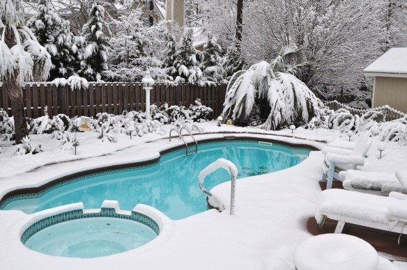 Reasons To Close Your Pool During The Winter